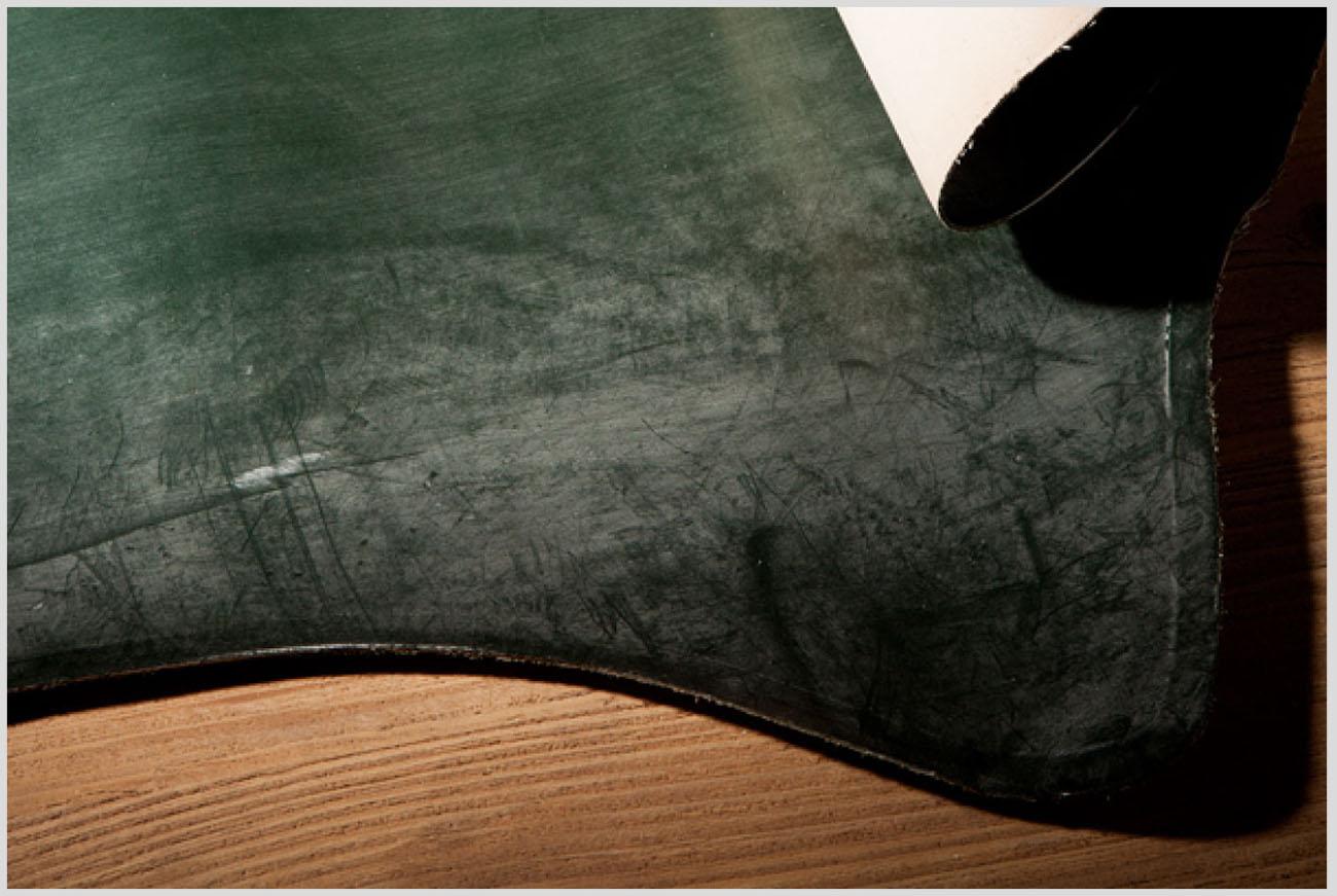 ブライドルレザーの革の画像