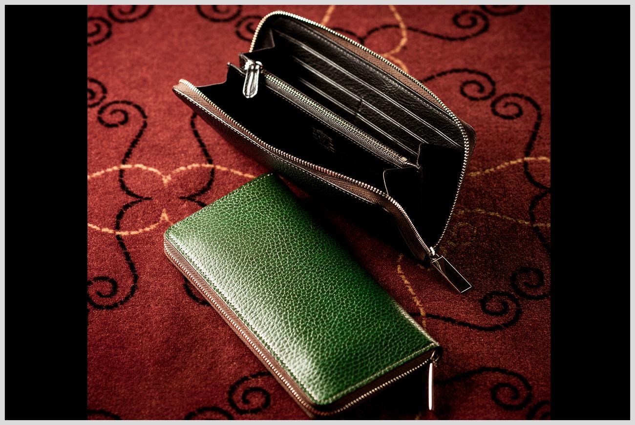 ココマイスターの「ロッソピエトラ」ラウンド長財布の画像
