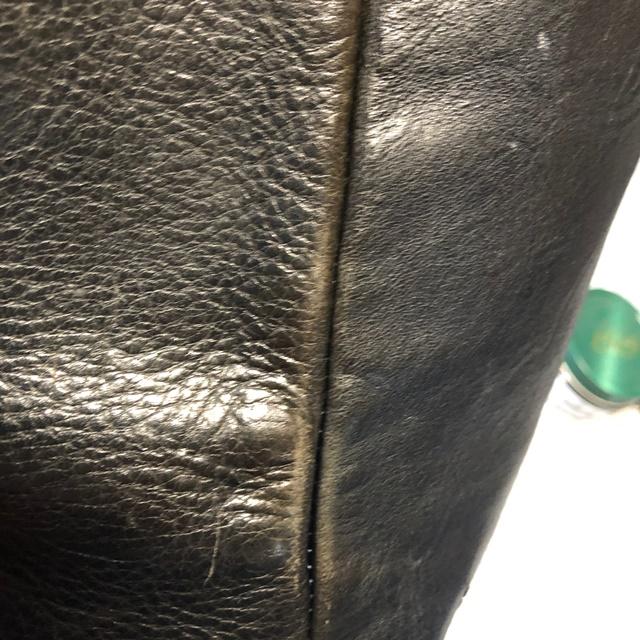 ガンゾのクラッチバッグ(4)