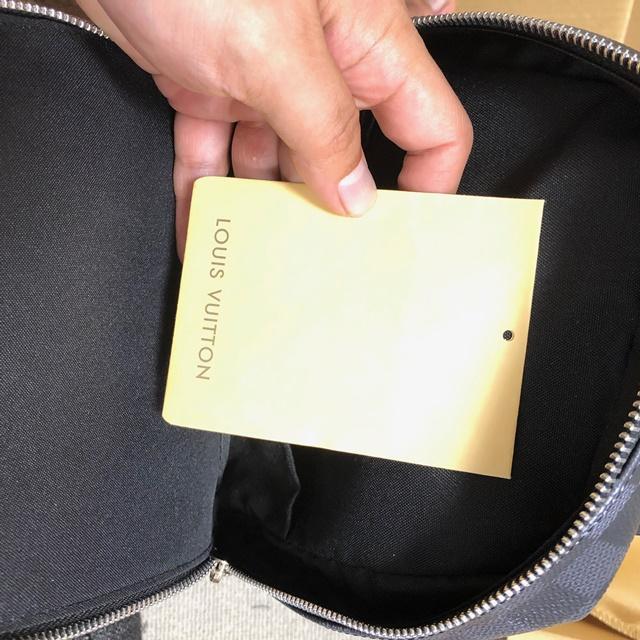 VUITTONのコピー品ボディバッグ(12)