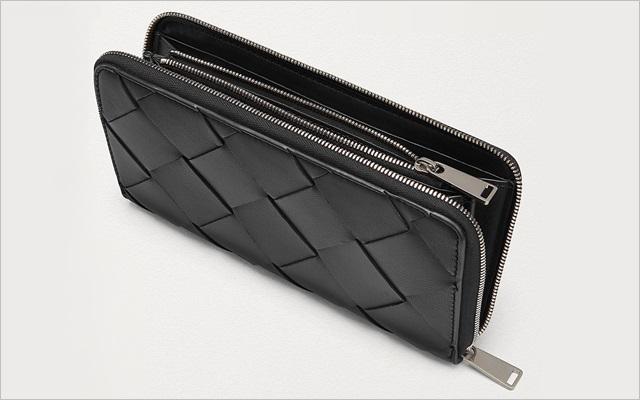 ヴォッテガべネタのラウンドジップ財布