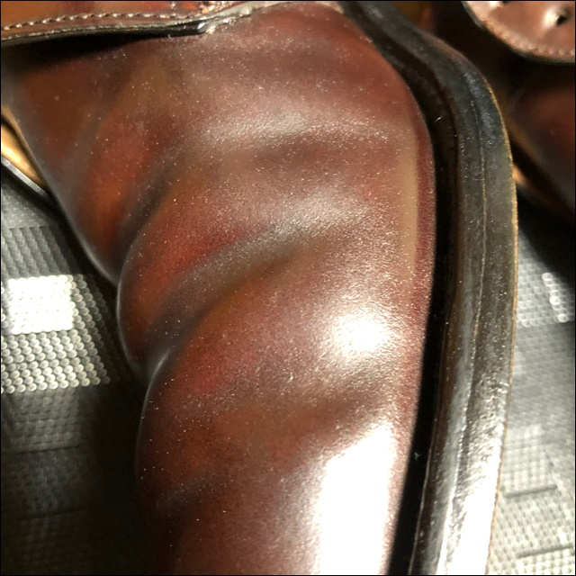 脱皮前のコードバンアッパー